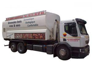 Camion souffleur pellets